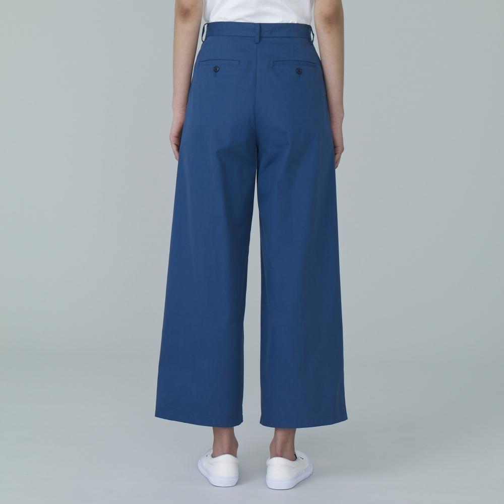W's tucked volume pants $249